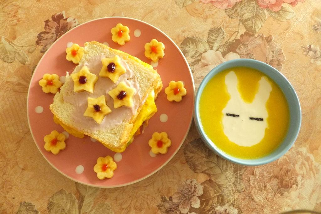 猫咪花朵儿童早餐的做法图解7