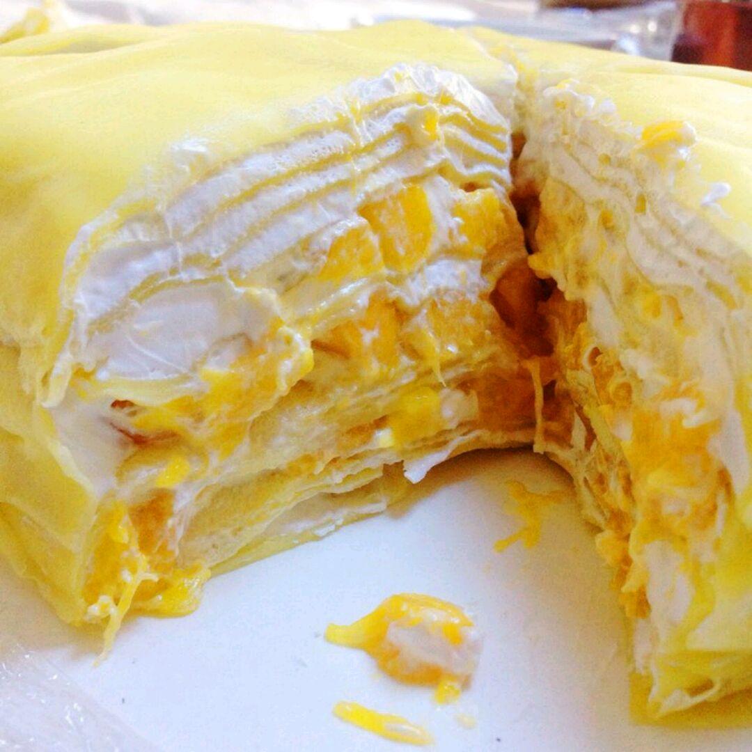 牛奶220g 淡奶油250g 白砂糖40g 芒果3-4个 芒果千层蛋糕的做法步骤
