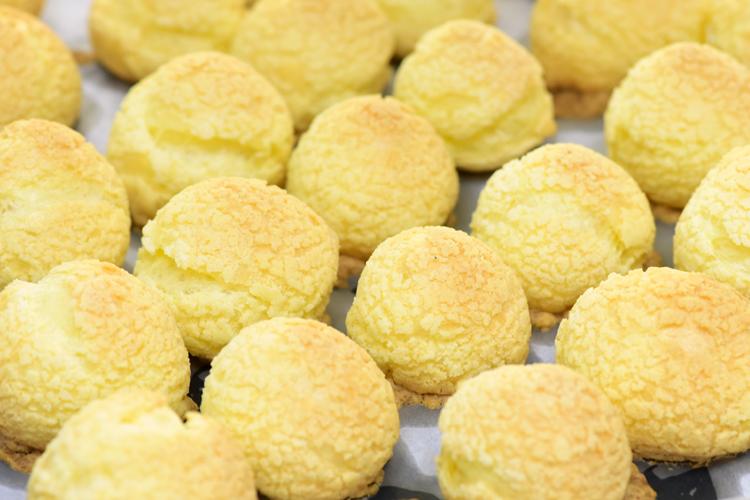 德普烤箱食谱——菠萝酥皮泡芙的做法图解8