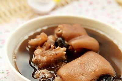 补肾黑发的猪蹄黑豆汤