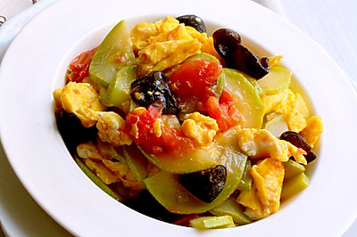 西葫芦番茄炒蛋
