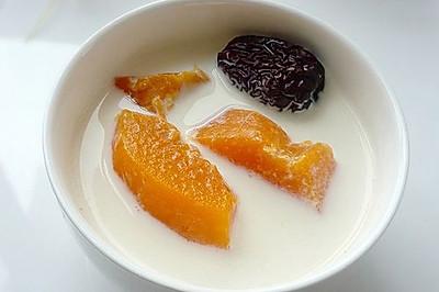 木瓜红枣炖牛奶