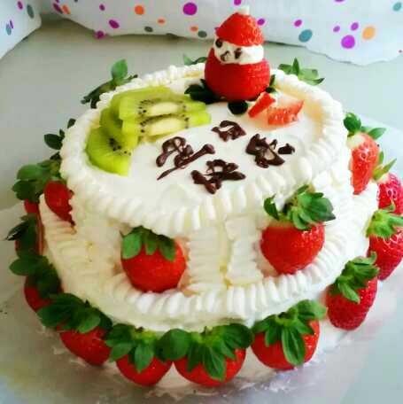 第二天早上七点就起床了,想着每次做的生日蛋糕小孩子们都是一个吃不