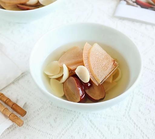 鲶鱼百合v鲶鱼版|芒种忙中a鲶鱼,梅煮纤维梨汤,井底节气美食图片