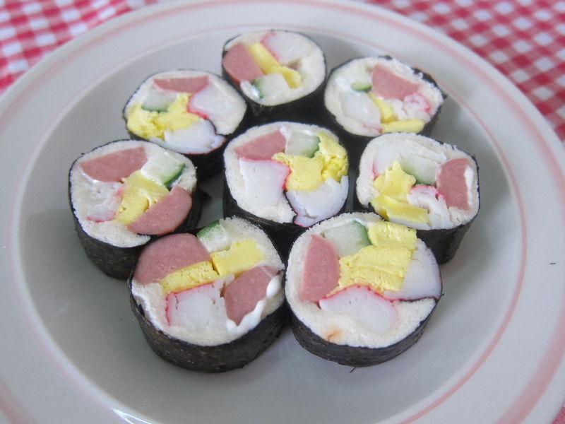 吐司寿司卷的做法_【图解】吐司寿司卷怎么做如何做