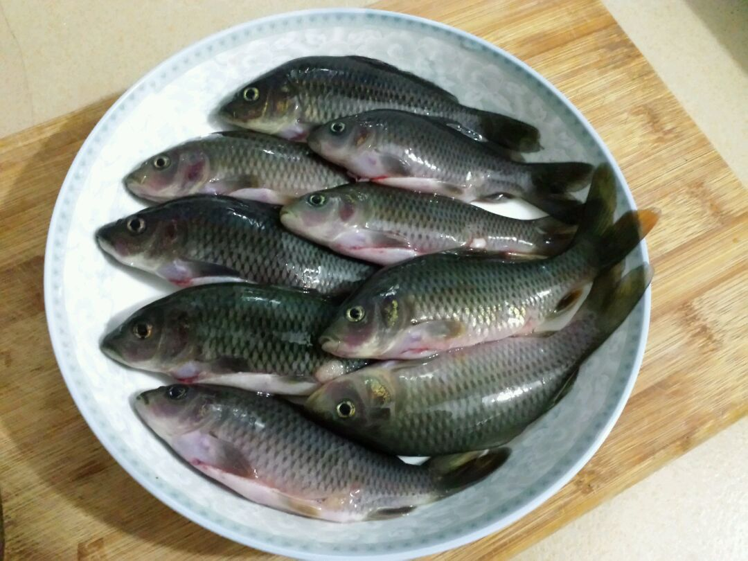 罗卜干焖禾花鱼