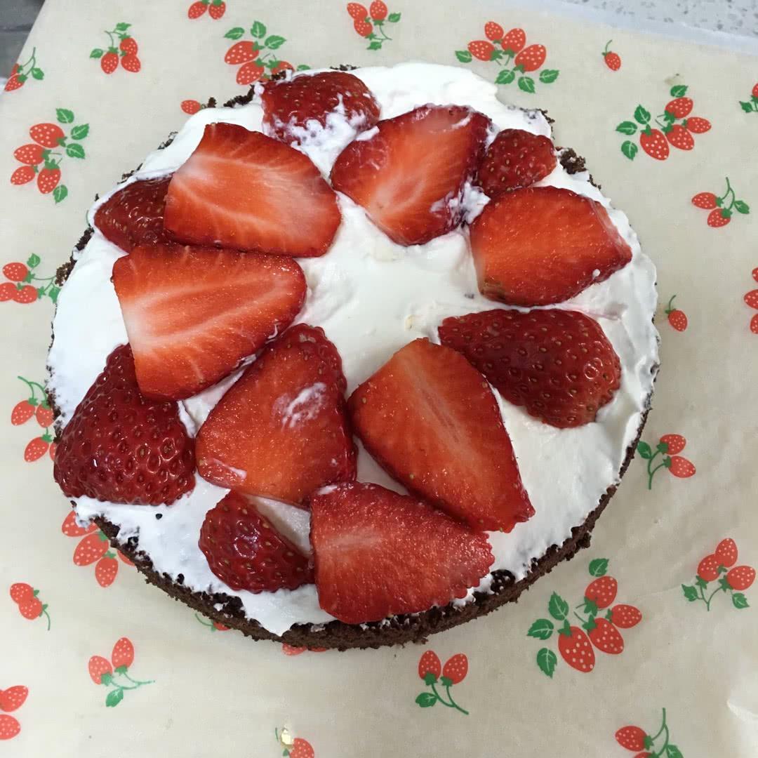 巧克力生日蛋糕的做法图解10