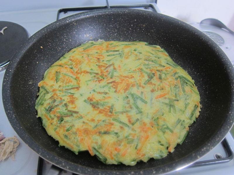 不一样的【韭菜煎饼】的做法图解7
