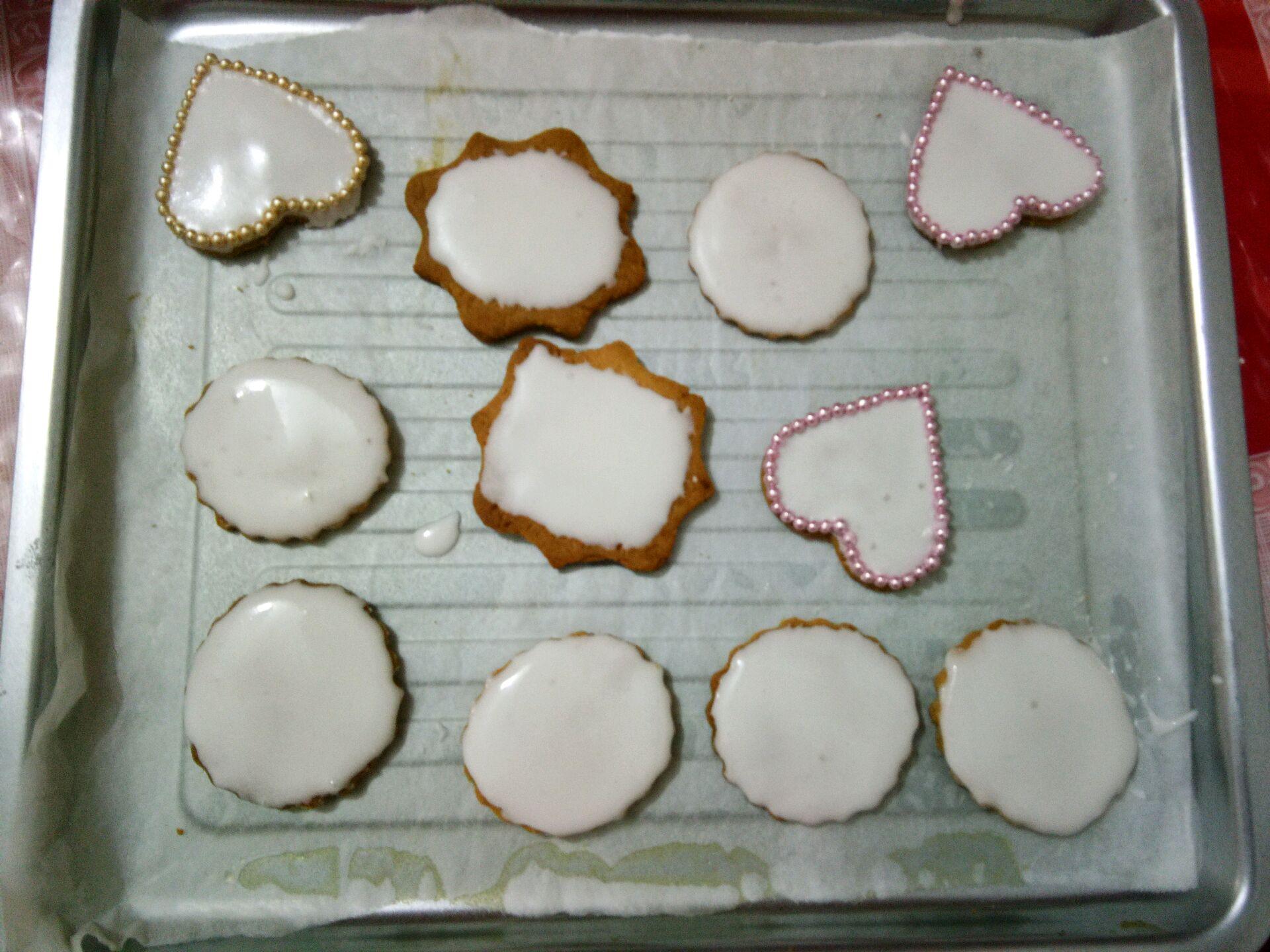手绘青花瓷饼干#美的fun烤箱·焙有fun儿#的做法_菜谱