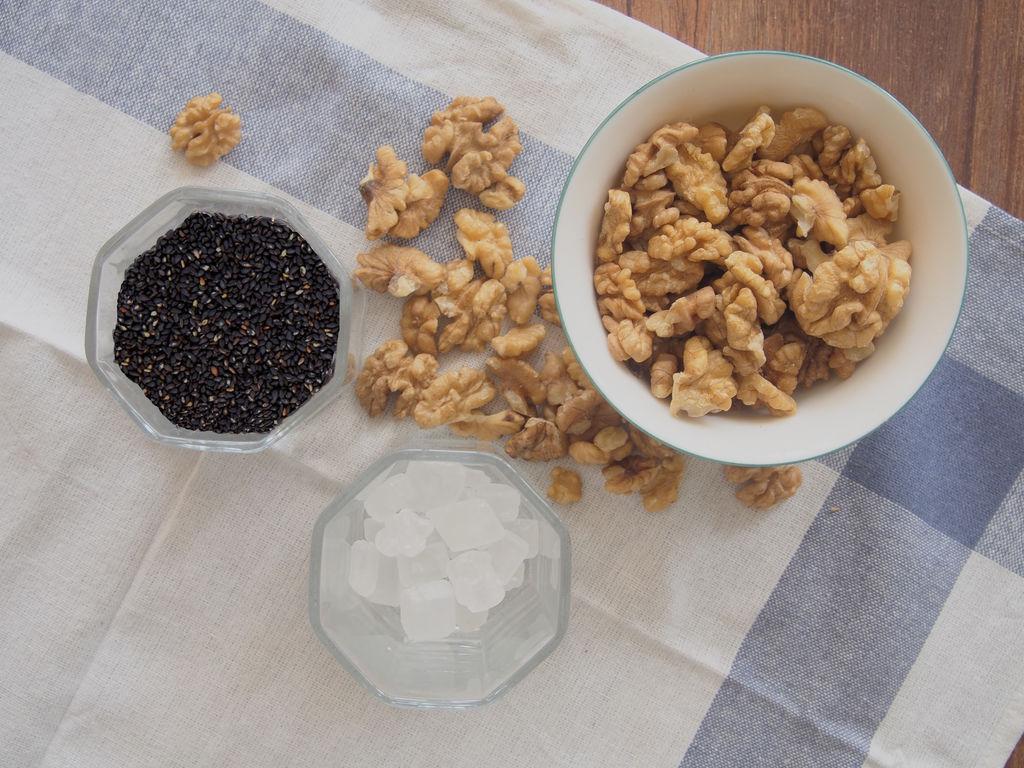 芝麻核桃粉的做法步骤