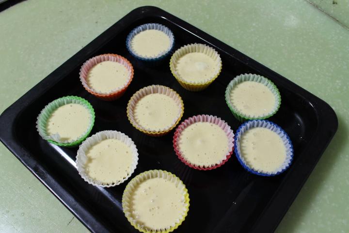 海绵纸杯蛋糕~圣诞节可爱小点心#九阳烘焙剧场