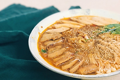 精选菜谱_菜谱大全_美食菜谱_菜谱做法高汤_鸡腿和家常煮排骨