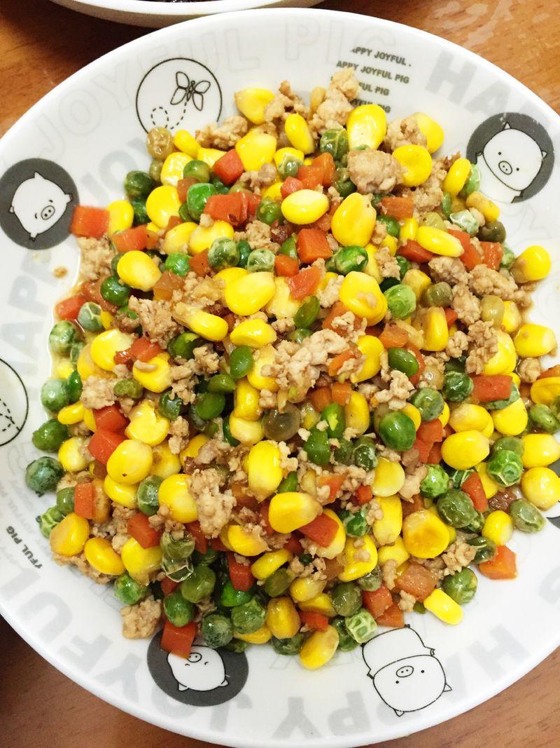 适量 盐油生抽糖适量 玉米青豆肉沫的做法步骤 分类:        本菜谱的