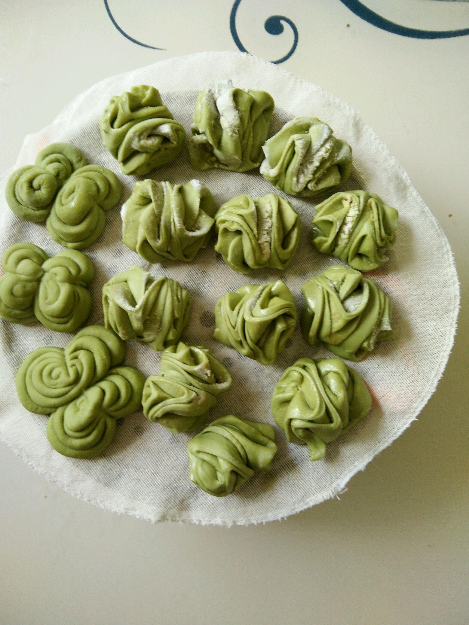 菠菜汁花卷的做法图解12