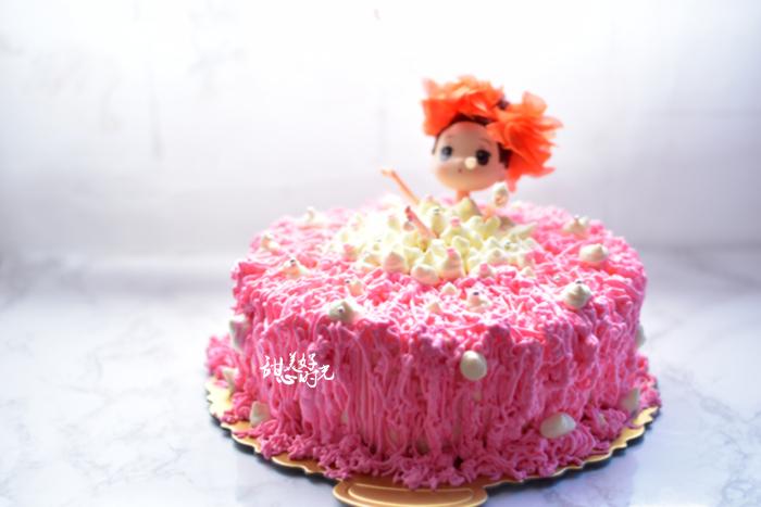 泡泡浴娃娃蛋糕图片