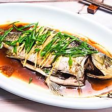 清蒸鲫鱼,立冬最肥美的鲜味 #肉食者联盟#