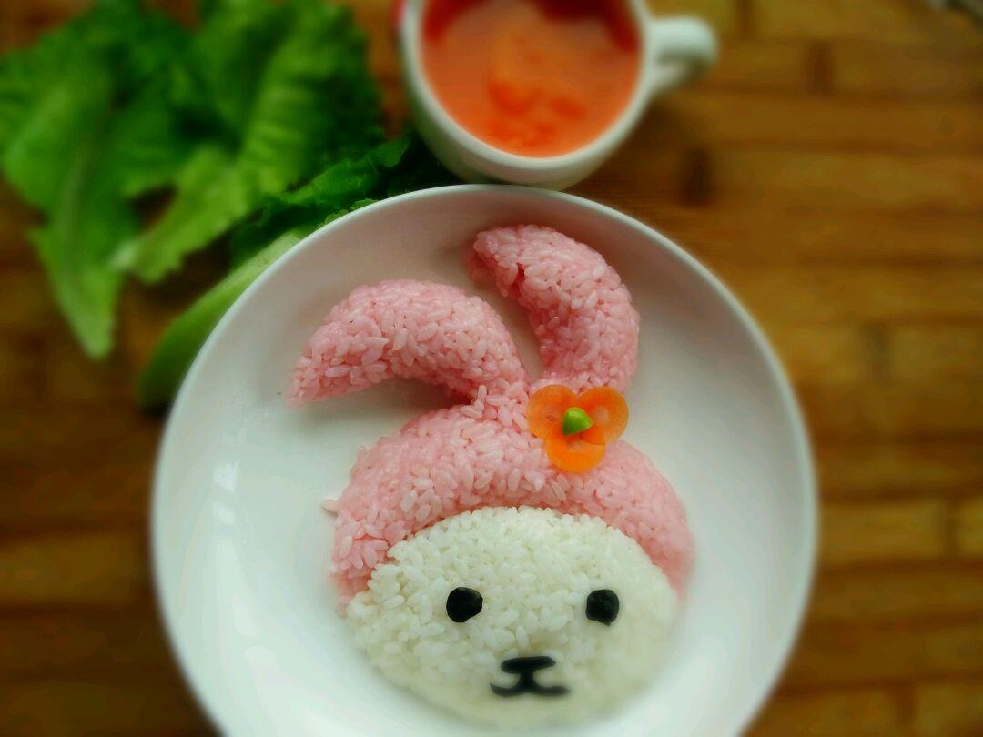 宝宝辅食之萌萌兔饭团