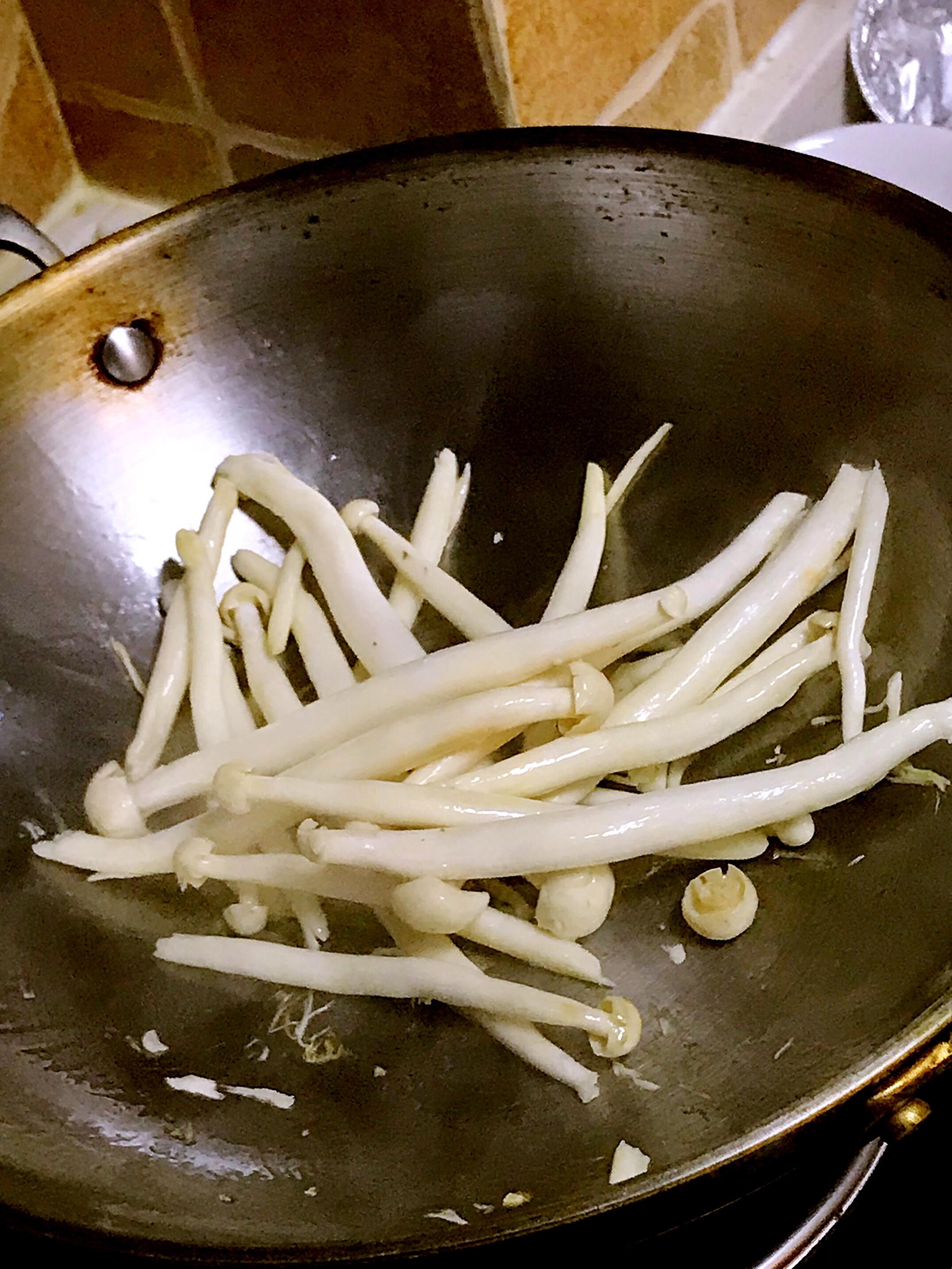 清爽的菜心豆腐汤(火锅底汤)的做法图解3