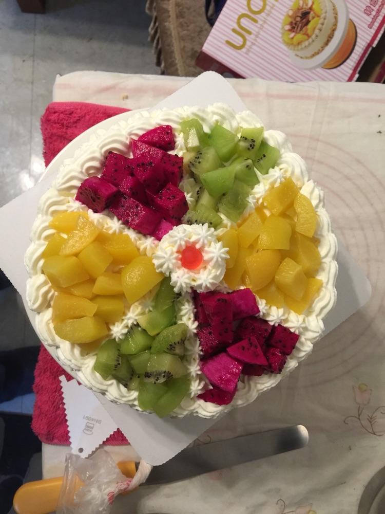 水果拼盘蛋糕