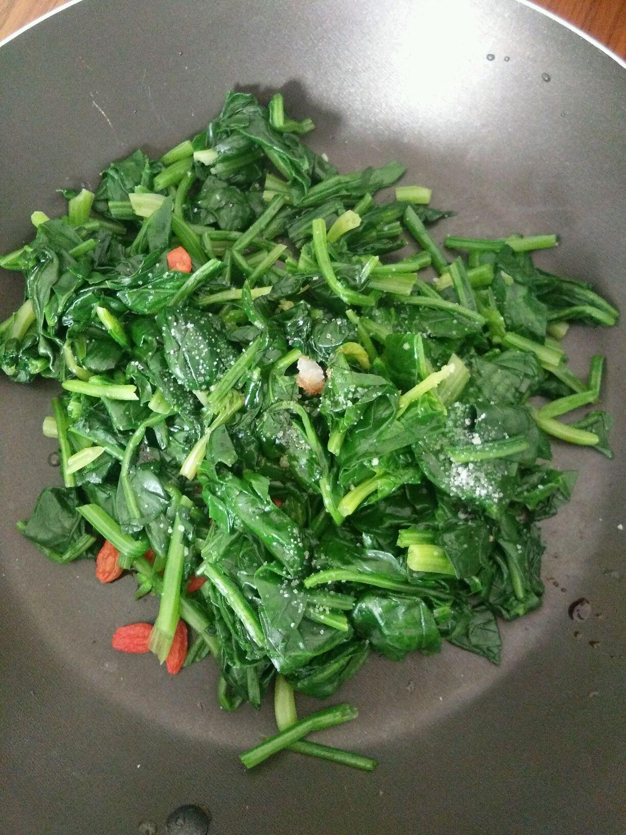 芝麻菠菜的做法图解3