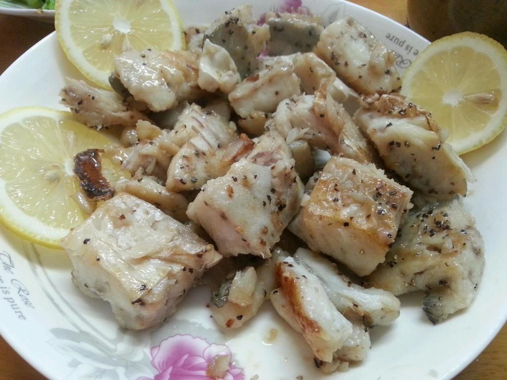 西式香煎鲳鱼块金针菇吃吃会拉肚子吗图片