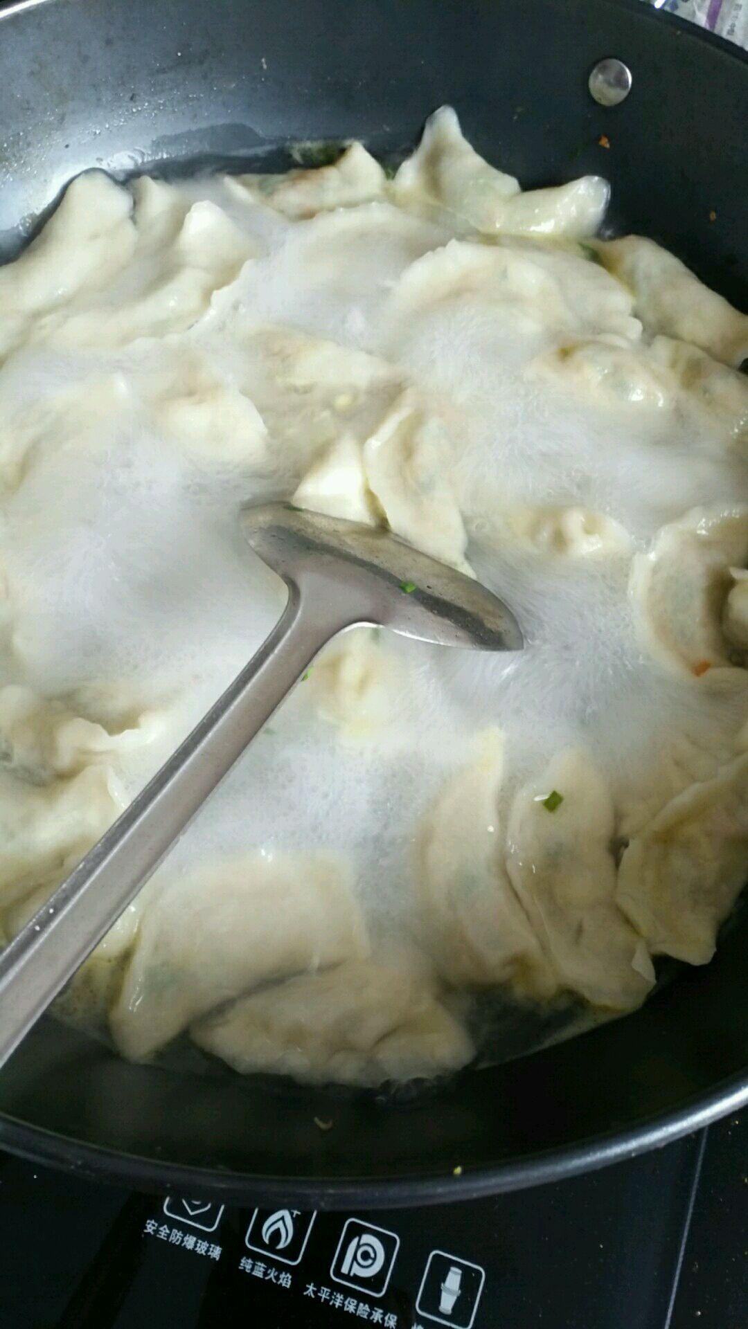 饺子的做法_【图解】饺子怎么做如何做好吃_饺子家常