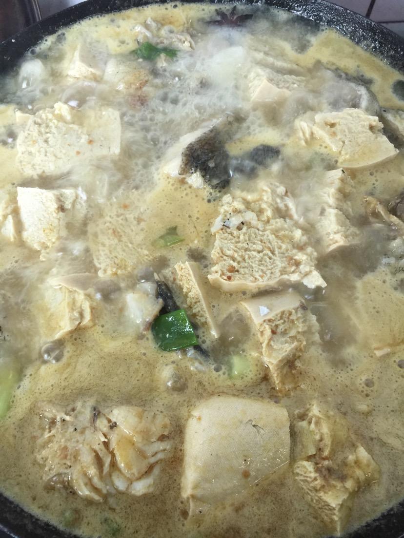 鳕鱼炖冻豆腐的做法_【图解】鳕鱼炖冻豆腐怎么做如何