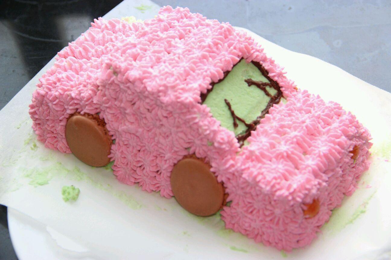 奶油小汽车蛋糕
