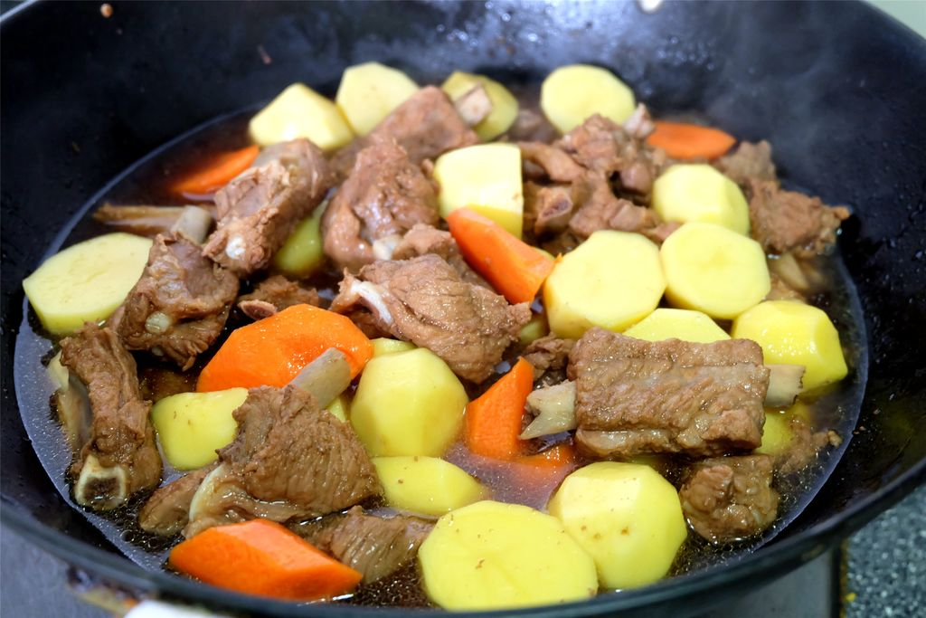 做法胡萝卜炖美食的菜谱_土豆_豆果排骨小黄鱼腌三天图片