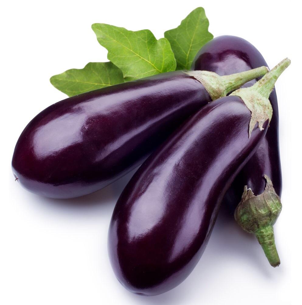 家常茄子的做法步骤 第二,青红椒切末,姜切末,装盘备用.