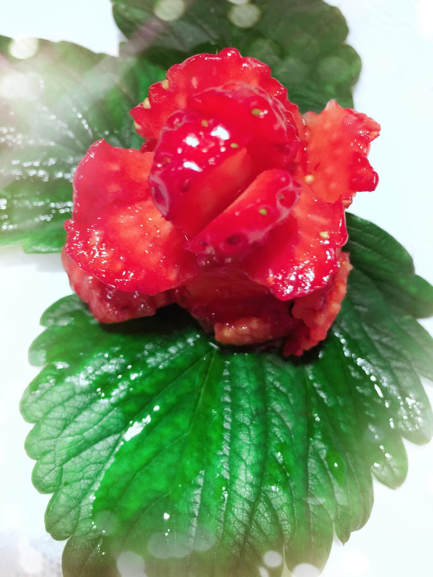 草莓玫瑰花的做法图解3