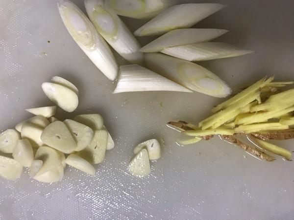 青椒炒咸金鲳鱼干的菜谱_美食_豆果马鲛电白做法鱼丸怎么做图片
