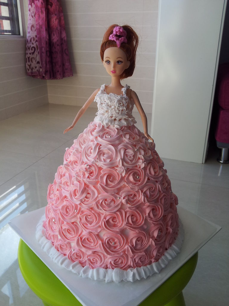 芭比娃娃蛋糕的做法图解10
