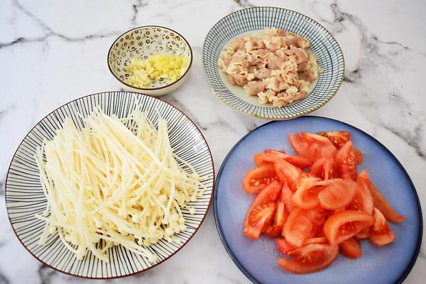 #网红酒店我来做#做法金针菇做法的美食_肥牛菜谱高档番茄以及菜品图片