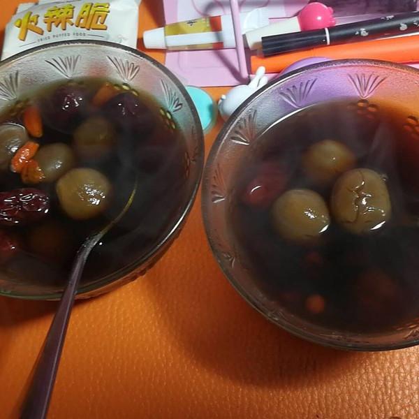 红枣桂圆姜汤茶