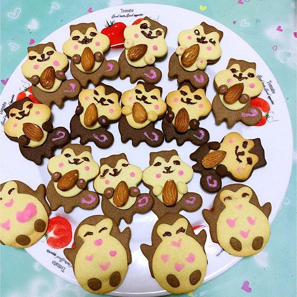 宝贝学校义卖,做了这些萌萌的动物饼干带去,没想到一眨眼的功夫就被一