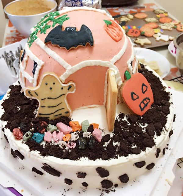 拼爹拼妈的时代,这是为孩子幼儿园万圣节活动的,搞怪便当准备的.