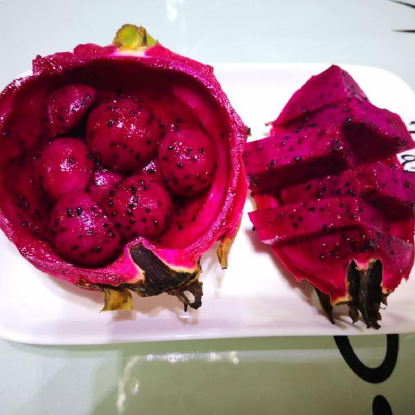 果盘:火龙果的4种切法(水果切法图解)