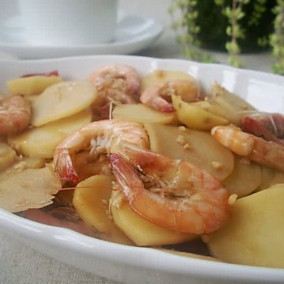 土豆片炒虾