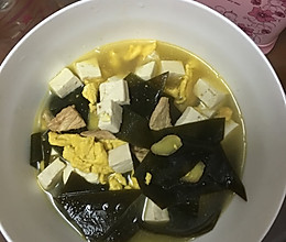 海带豆腐瘦肉鸡蛋汤的做法