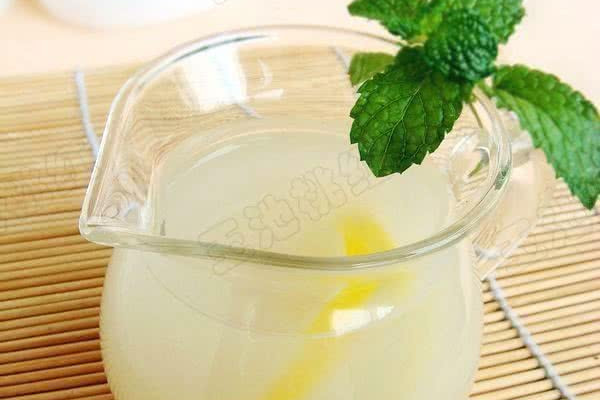 柠檬薏米水的做法