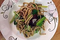 青蒜茶树菇的做法