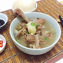 东南亚特色--新加坡肉骨茶