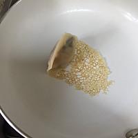 蕾丝~冰花煎饺的做法图解7
