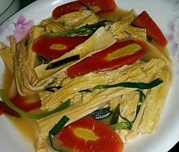 胡萝卜清炒腐竹的做法