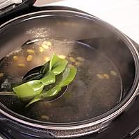 海带黄豆煲小排的做法图解6