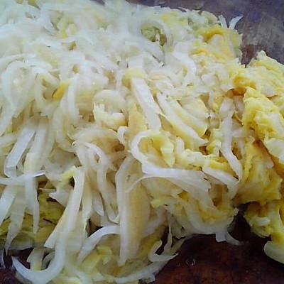酸菜猪肉水饺的做法 步骤5