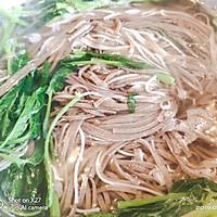 豆角肉末拌荞麦面的做法图解1