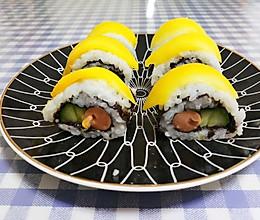 赶超寿司店的日式芒果寿司的做法