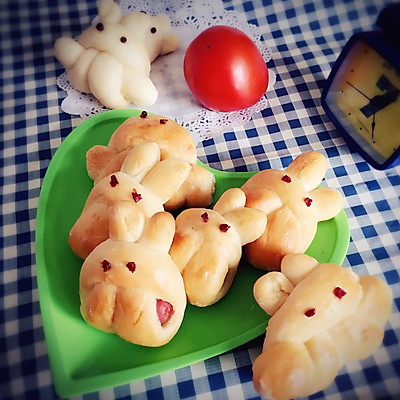 卡通小兔面包小餐包
